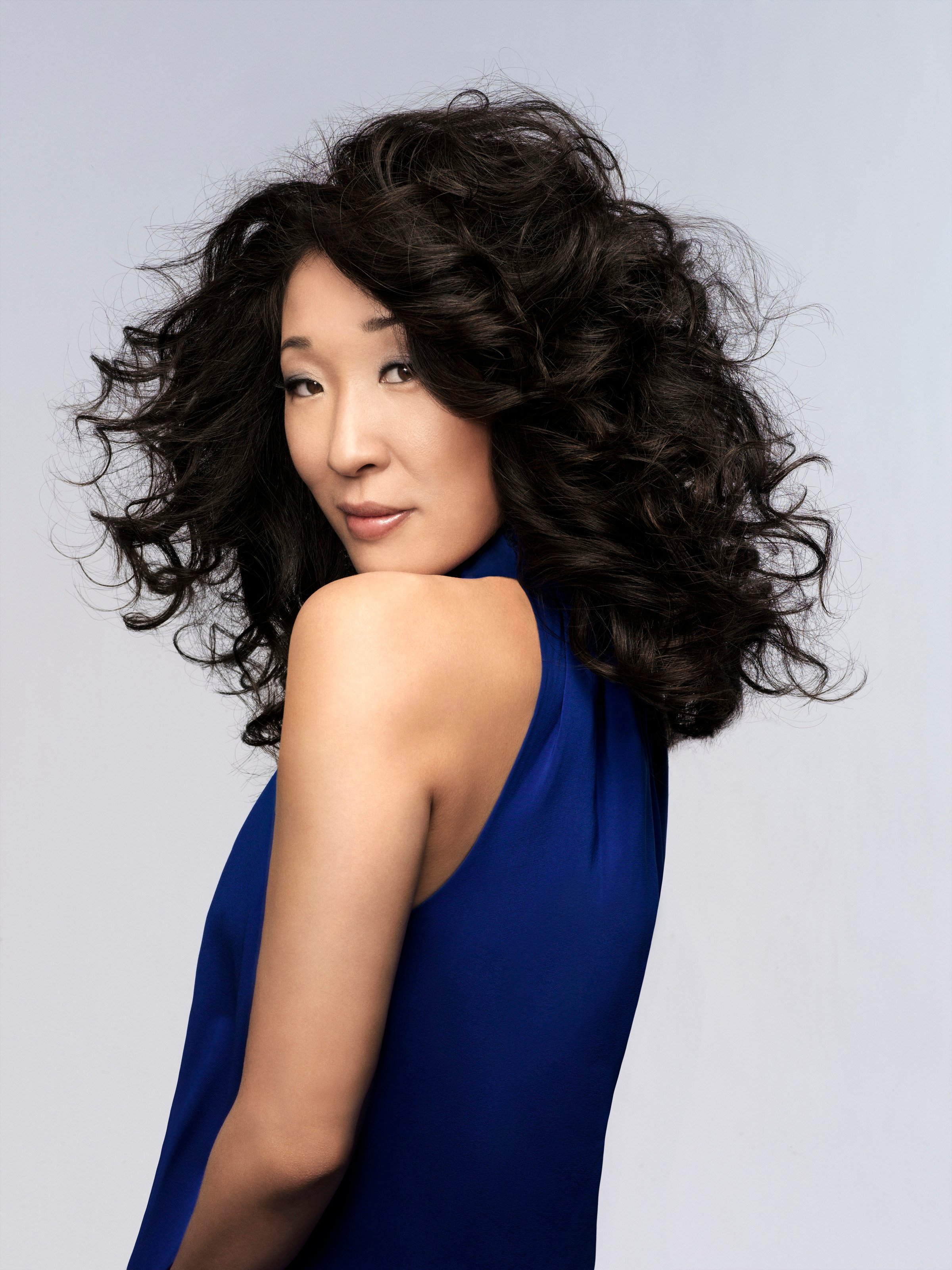 12 Jan 2007 --- Sandra Oh --- Image by © James White/Corbis Outline
