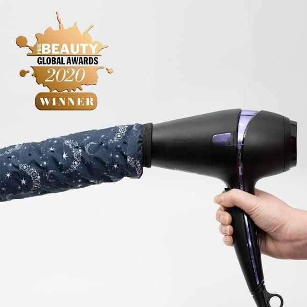 Softhood® en la secadora Bright as a Star edition - GANADOR de los premios Pure Beauty Awards 'Mejor nuevo producto para el cabello inclusivo' 2020